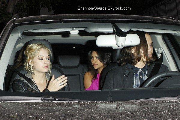 .25 Mai  : En compagnie de Ashley Benson et d'une amie, Shay' quittant le Château de Marmontel à Los Angeles. Puis, une nouvelle photo perso' .