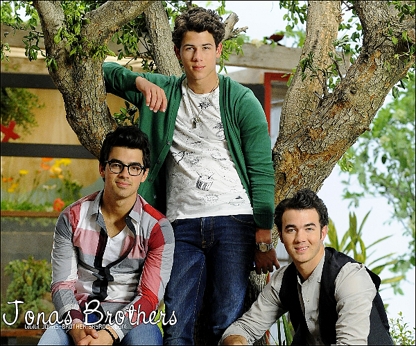. Jonas-Brother.skyrock.com • BLOG FAN-SOURCE SUR NOS SUPERS JONAS BROTHERS. .