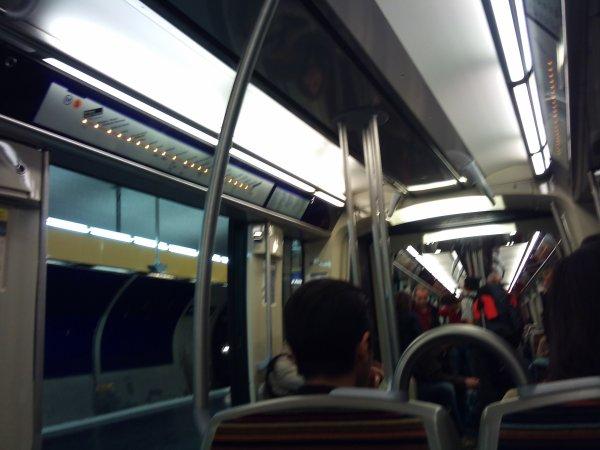 123: La nouvelle rame de métro de la ligne 5 ^^