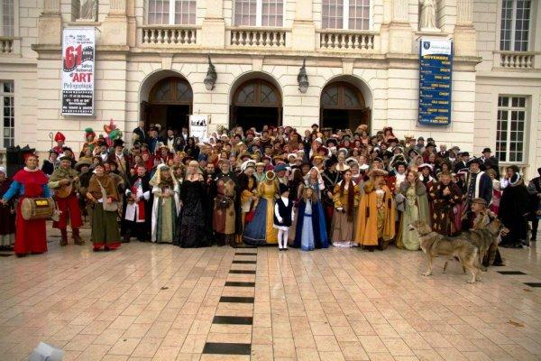 Résumé du congrès des fêtes historiques....