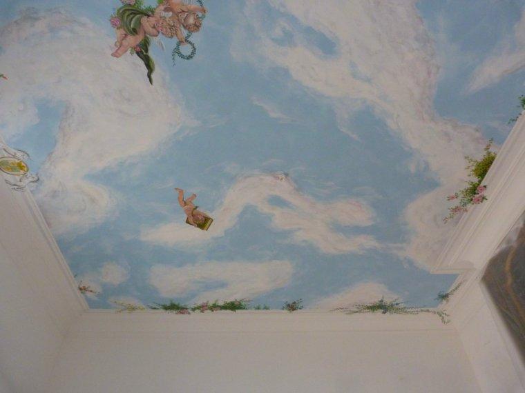 fresque en plafond ( 4,30 m de hauteur et 25 m2)