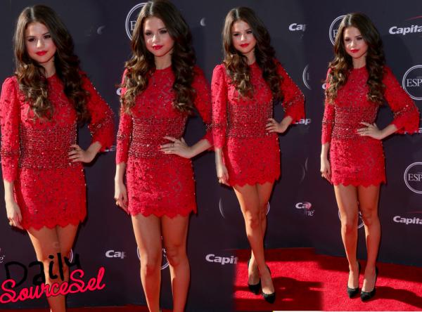 Le 17 Juillet, Selena Gomez était à la cérémonie des Espy Awards 2013 à Los Angeles.