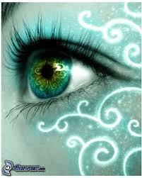 oeil bleu-vert