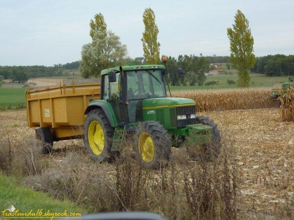 moisson de maïs ( 9 octobre 2010 )