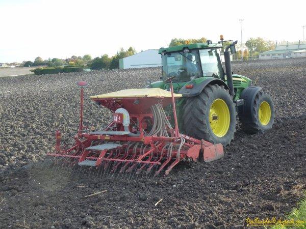 semis de blé et roulage 2010 ( 29 octobre 2010 )