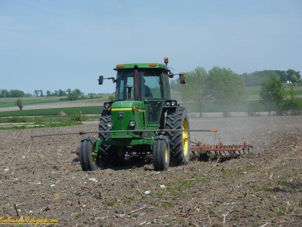 Préparation des terres 2011 ( 20 avril 2011 )