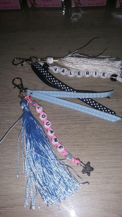 Porte clés ou bijoux sac à main 5¤ (1 prénom 50cts pour prénom supplémentaires)