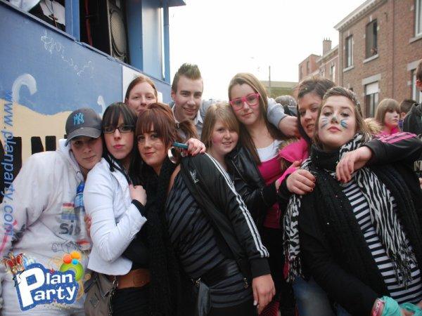 les filles et moi au carnaval de houtain