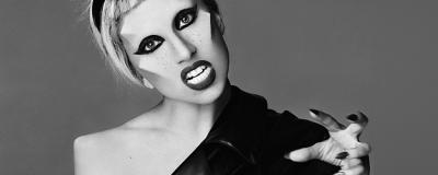 Lady GaGa donne une interview à NME TV.