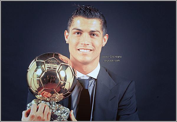 Cristiano Ronaldo Dos Santos Aveiro ~ Mon Idole tout simplement, Just because He is Perfect. ♥