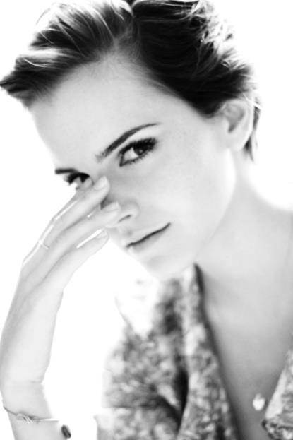 Nouvelle photo d'Emma  et c'est 5 millions de fans sur Facebook !
