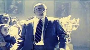 '' Monsieur Cannon. Jimmy Cannon. Vous partez ou si ce n'est pas indiscret ? ''