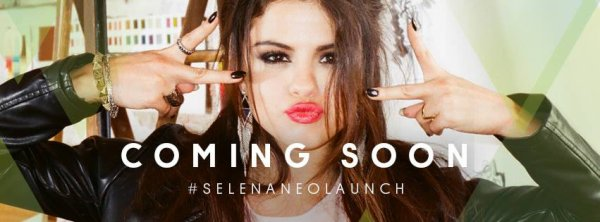 . 01/07/13: Selena était de sortie le soir pour se rendre au concert de Beyonce accompagné de ses amies à Los Angeles.Grand TOP pour Selena,qui c'était mis sur son 31. .