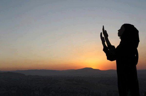 Épouse moi ici devant Allah et je t'épouserai mille fois devant les anges insha'Allah