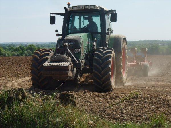 Préparation des terre a mais