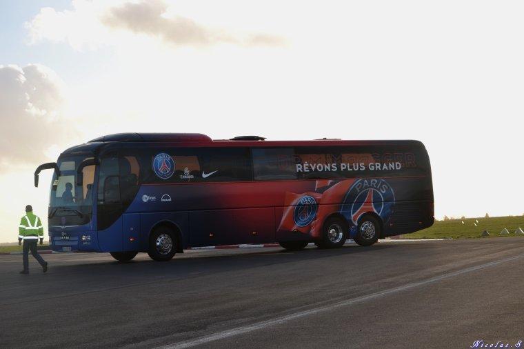 8éme de finale Coupe de France de Football Chamois Niortais vs PSG l'arrivée à Niort mardi 28 février 2017