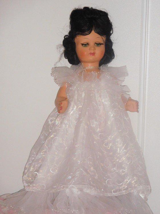 poupée ancienne d'une copine