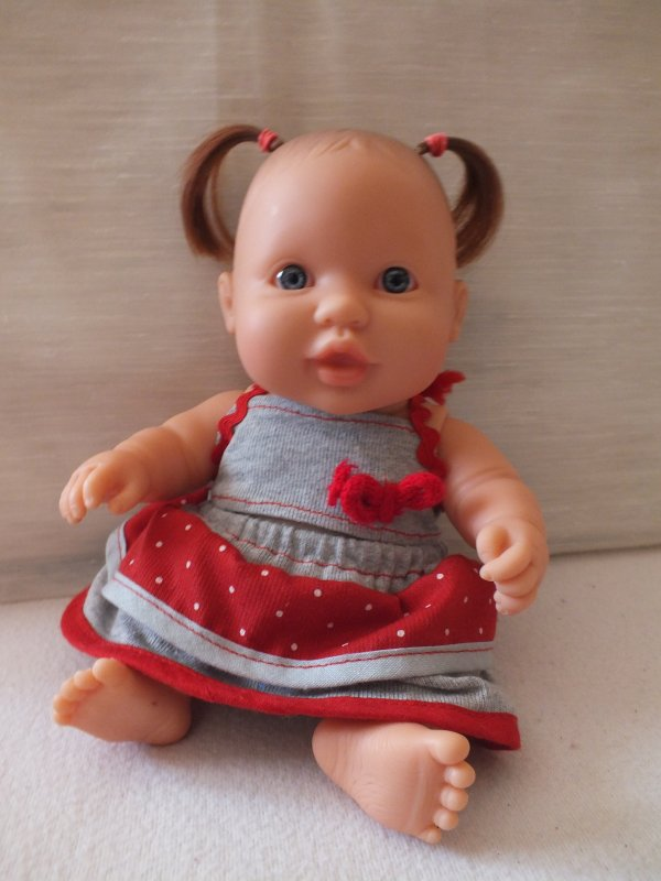 présentation individuelle des poupées trouvées le 14 mai