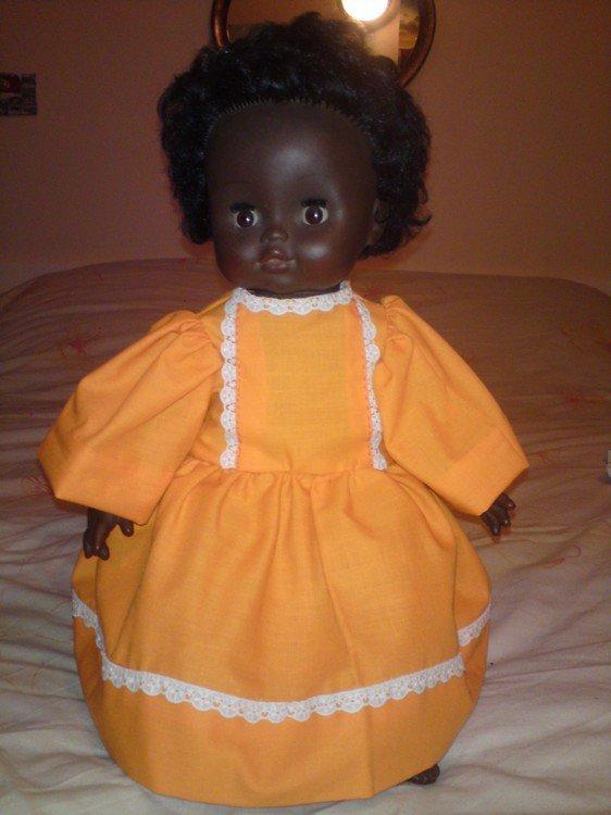 Robe pour la poupée d'une amie
