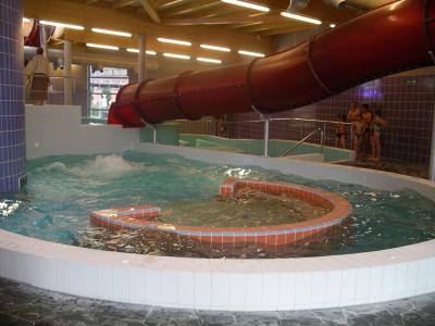 Centre aquatique de la louvi re babuzzze2 for Piscine la louviere