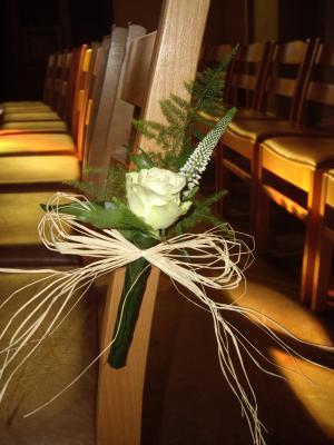 D coration glise pour mariage le jardin d 39 yvan - Pour arroser un jardin il faut compter 6l ...
