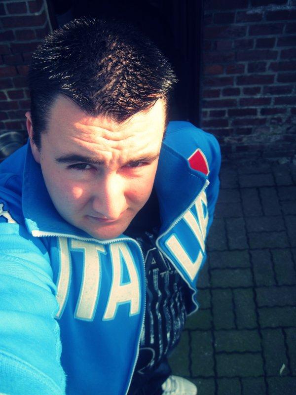 Une Tite photo de moi recente ! (4 Mars 2011)