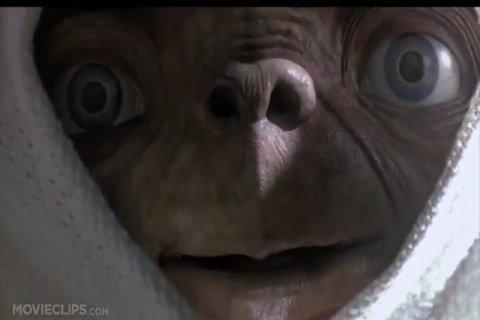 E.T <3