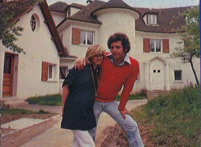 Joe devant sa maison joe dassin la legende continue - Nouvelle maison de sheila ...