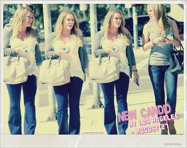 ☼Hilary Duff : Elle a été présente à l'évènementThe Mindy Project, le 25 août 2012. The Mindy Projectest unesérie téléviséeaméricainecréée parMindy Kalinget diffusée à partir du25septembre2012sur le réseauFoxaux États-Unis et en simultané surCitytvauCanada.    ☼ + Le 26 août :Elle a étéaperçue avec son mari et son fils afin de se rendre dans un café à Hollywood.  ☼ + Le 27 août :Elle a étéaperçue avec une amie dans les rues de Los Angeles.