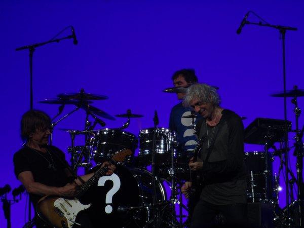 Concert LES INSUS (Ex Téléphone) - Zénith de Rouen (76), le 29/04/2016