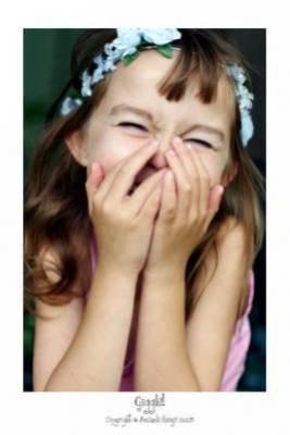 Leur dire qu'il faut aimer la vie, l'aimer même si...le temps est assassin et emporte avec lui le rire des enfants...