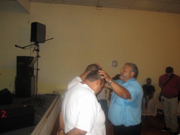 enriqué qui pri pour les batizé