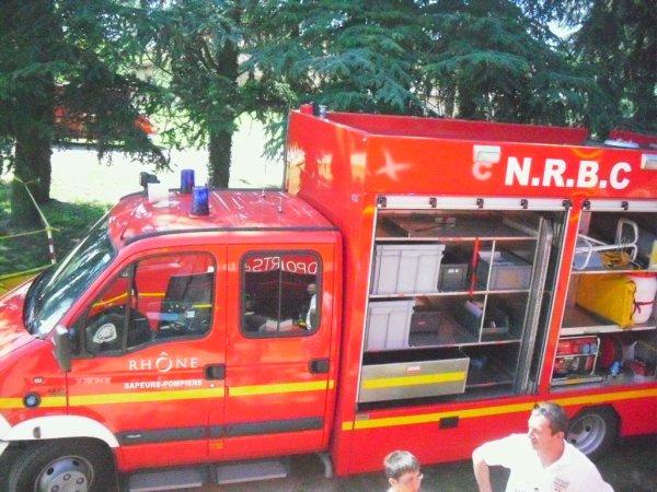 Matériel et véhicule NRBC du SDIS 69