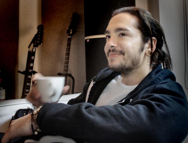 Tom (Facebook de Tokio Hotel Lundi 20 Mai 2013)