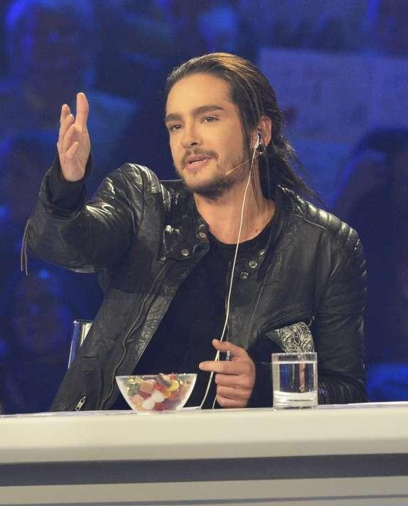 16.03.13 - Tom pendant la première émission live de DSDS, Cologne (Allemagne).