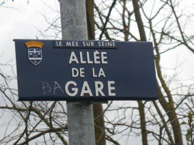 avenue de la bagare au mee sur seine !!