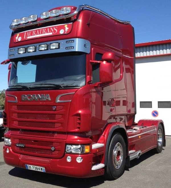 Le new scania lauratrans