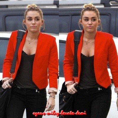 11.11.11 Miley Fait Du Shopping Chez Maxfieds