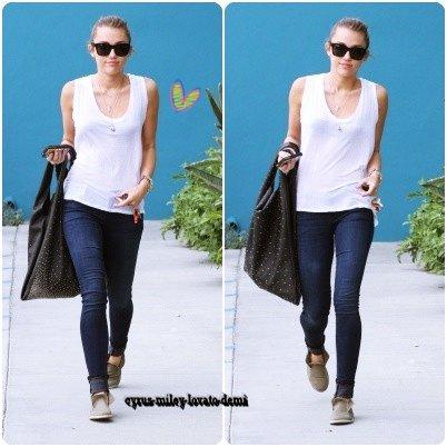 25.04.12 : Miley quitte son cours de pilates , West Hollywood