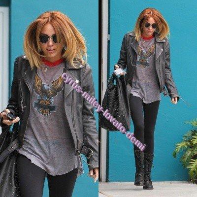 02.05.12 , Miley quitte son cours de pilates , West Hollywood