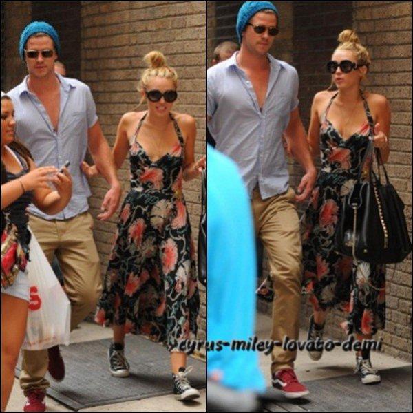 Le 19 juillet , Miley & Liam dans Philadelphie.