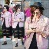 Le 11 mars , Demi a été vue près du centre commercial The Grove.