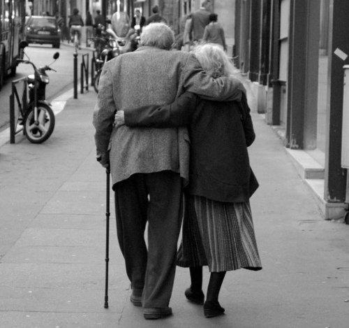 Crois ce que tu veux, Moi, je sais que c'est avec toi que je veux devenir vieux.