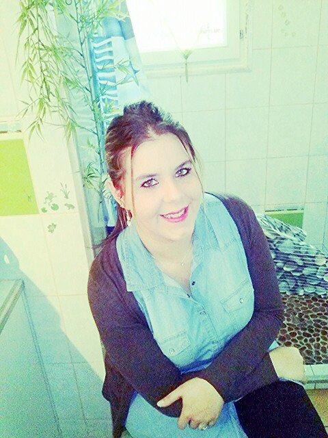 ● •° ★ ° • ● ● •° ★Derrière mon Sourrire se Cache ma Souffrance... !!!     :'(° • ● ● • ° ★ ° • ●