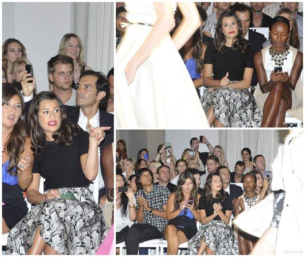 09 Septembre : Lea a assisté au défilé Jason Wu hier à New-York toujours pour la fashion week. Très jolie, j'aime le makeup mais la jupe est bof... Qu'en pensez-vous ?