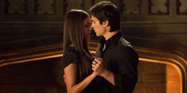 vampire diaries tout les couple