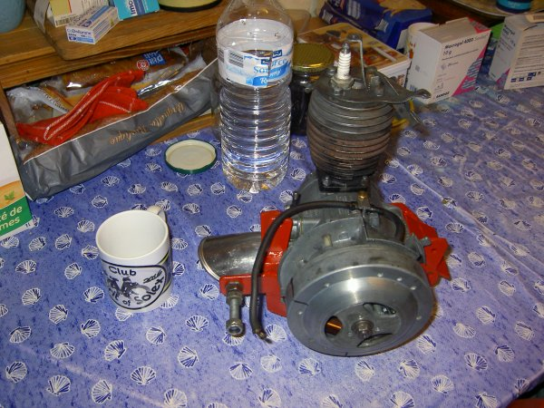 le Berceau & mon moteur de mon solex 5000
