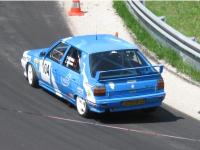 la r11 turbo f2000