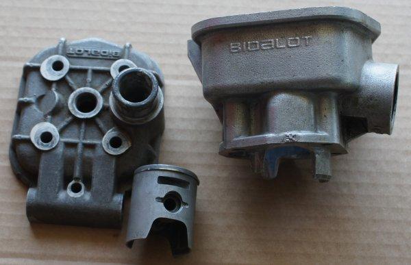 Le haut moteur BIDALOT en détail.