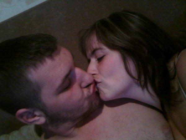 Le plus beau couple c nous lol que du bonheur on saime com le premier jour et sa pour la vie jtm jtmjtmjtmjtmjtmjtm mn petit coeur damour